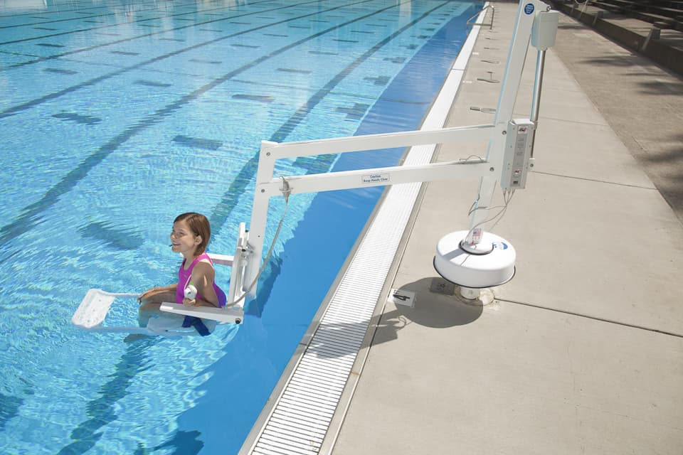 RMT Splash Semi Portable Pool Lift
