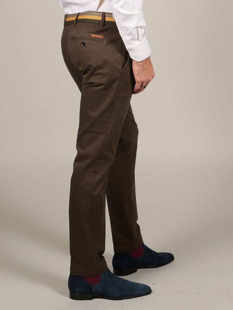 SLIM FIT CHINO TROUSERS – OLIVE GREEN
