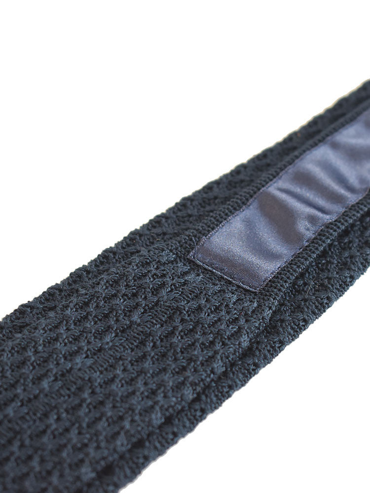 100% Silk lining in cotton knitted tie