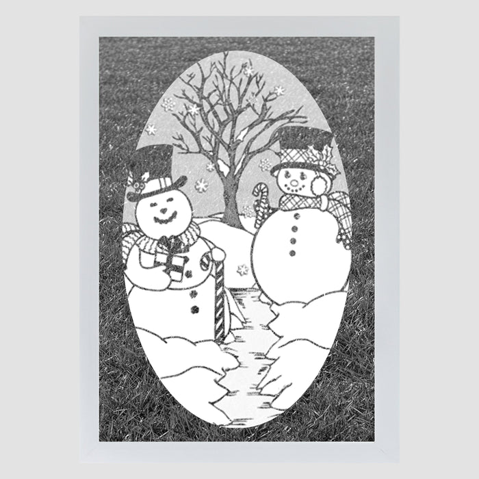 Oval Snow Couple  | (Static Cling )