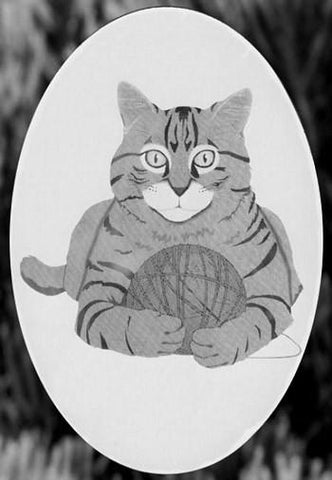 "Oval Cat with Yarn Etched Glass Decal (4""X6"")"