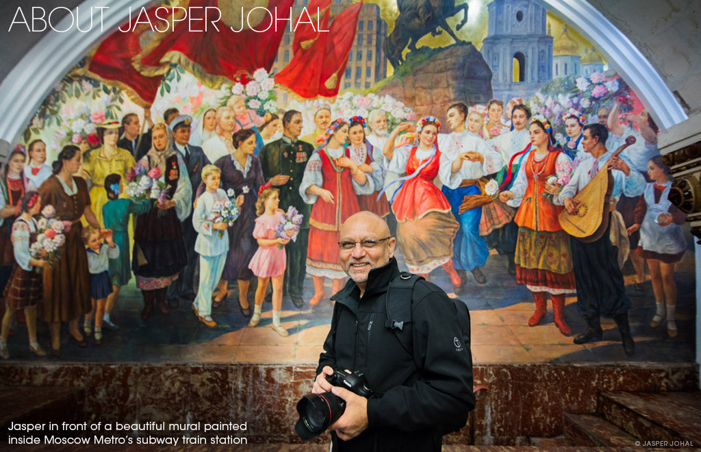 Jasper Johal photographing the Moscow subway station