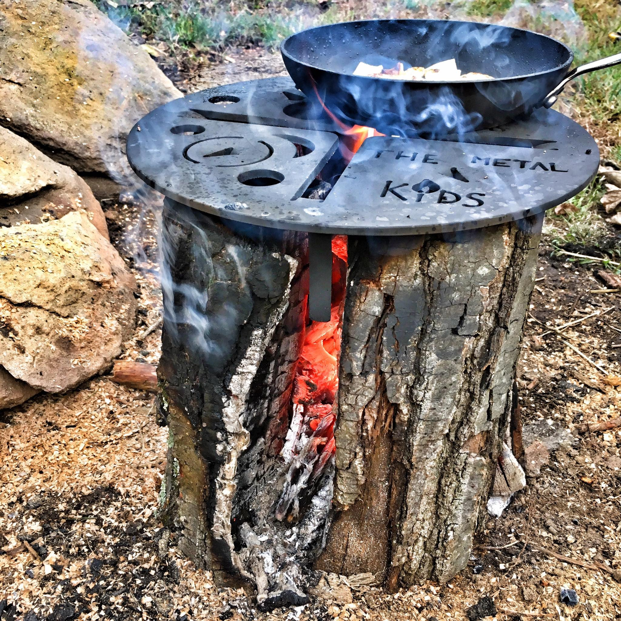 The SpacePlate - Log Powered rocket stove - Camp Grill – TheMetalKids
