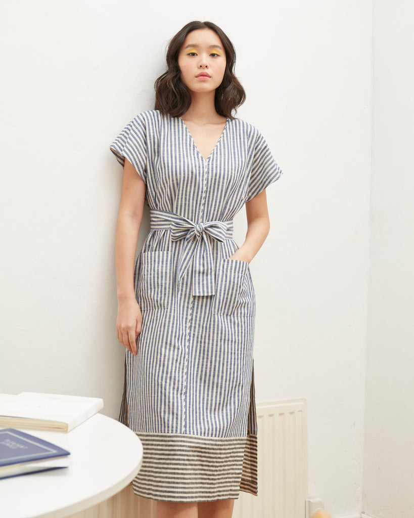 DOUBLE STRIPE V-NECK DRESS