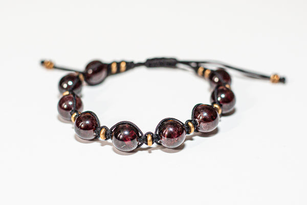 ADJUSTABLE STONE BRACELET - GARNET