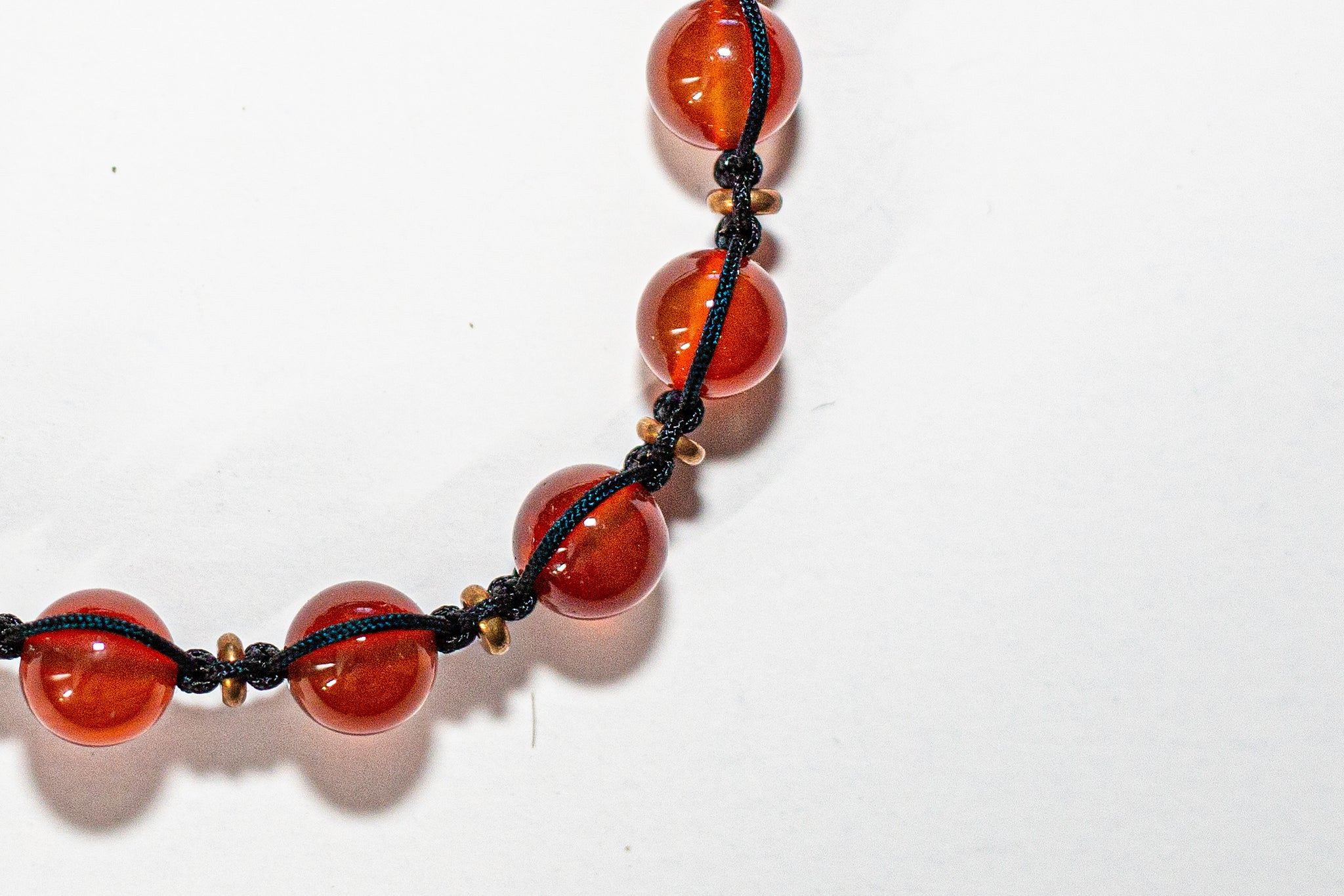 ADJUSTABLE STONE BRACELET - CARNELIAN