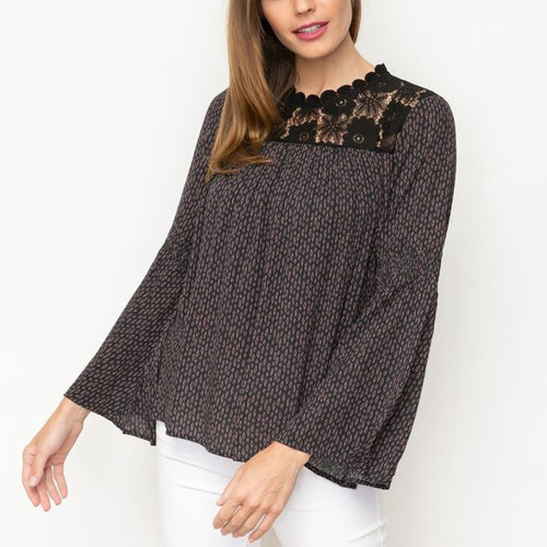 LACE INSET BELL SLEEVE PRINTED TOP