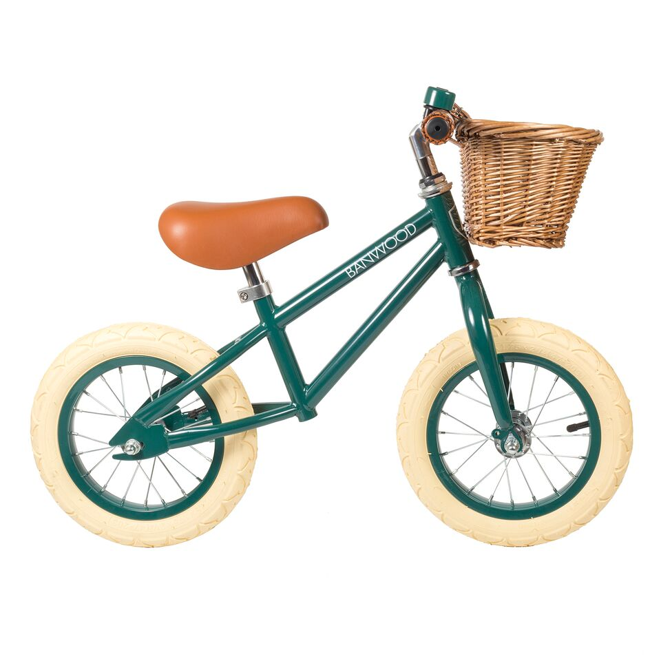 nookoo green banwood bike balance bike first go