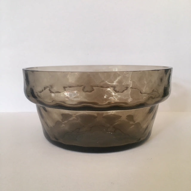 nookoo smokey glass bowls in a set of 4,  perfect for a table setting