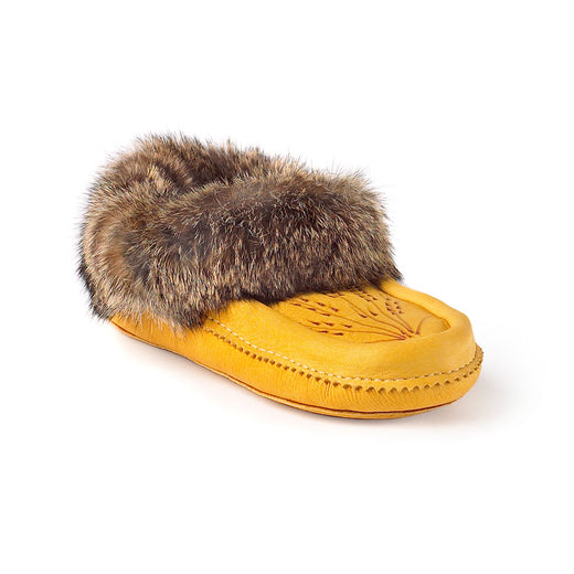 fur-lined moccasins featuring a grain etching