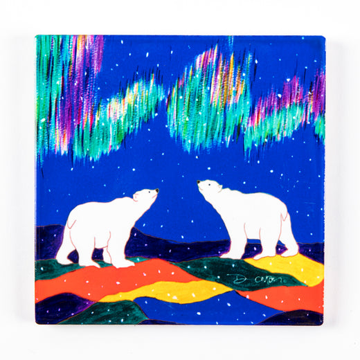 Trivet/wall hanging featuring artwork of two polar bears