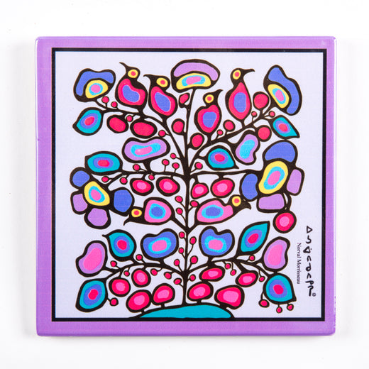 Trivet/wall hanging with a floral design