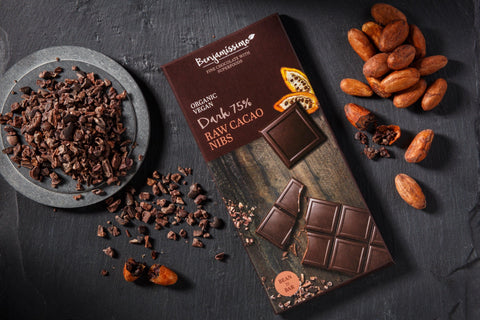Benjamissimo Vegan White with Raw Cacao Nibs Organic Gluten-free Chocolate with Superfoods - 10 Pieces Pack