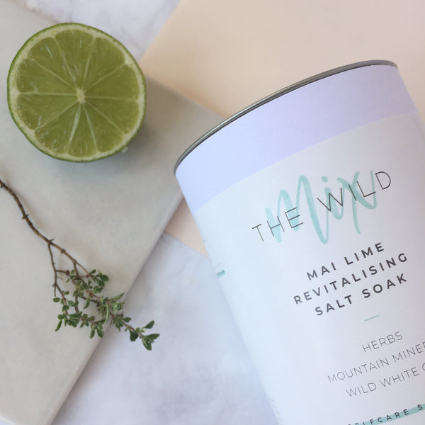 Mai Lime Revitalising Salt Soak