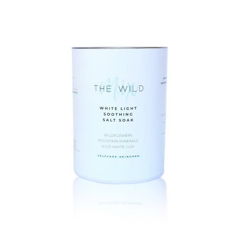 White Light Soothing Salt Soak