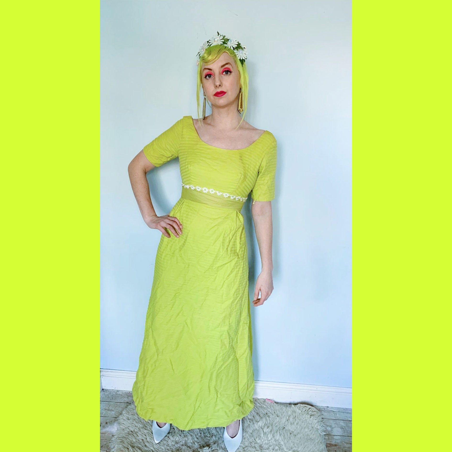 beautiful 50s green prom maxi Dress with bow detailing
