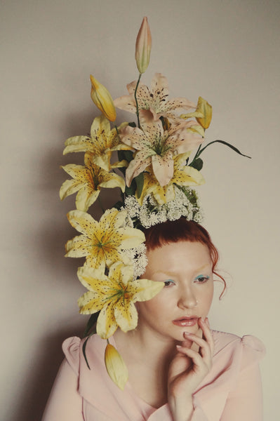 Lily Flower headdress / Carmen Miranda