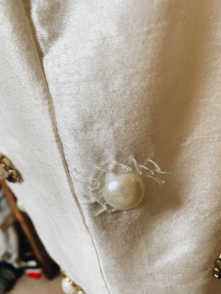90s SHORT WHITE SLEEVELESS DRESS, PEARL AND GOLD EMBELLISHMENTS