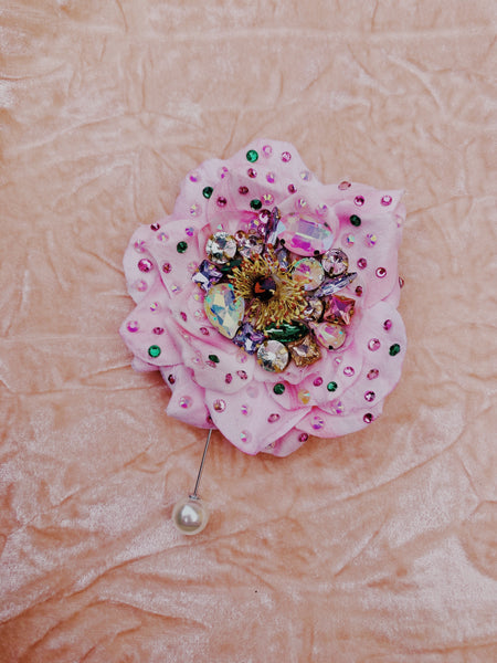 Heavily Bejewelled Rose Pastel Pink Pearl Pin Back Brooch