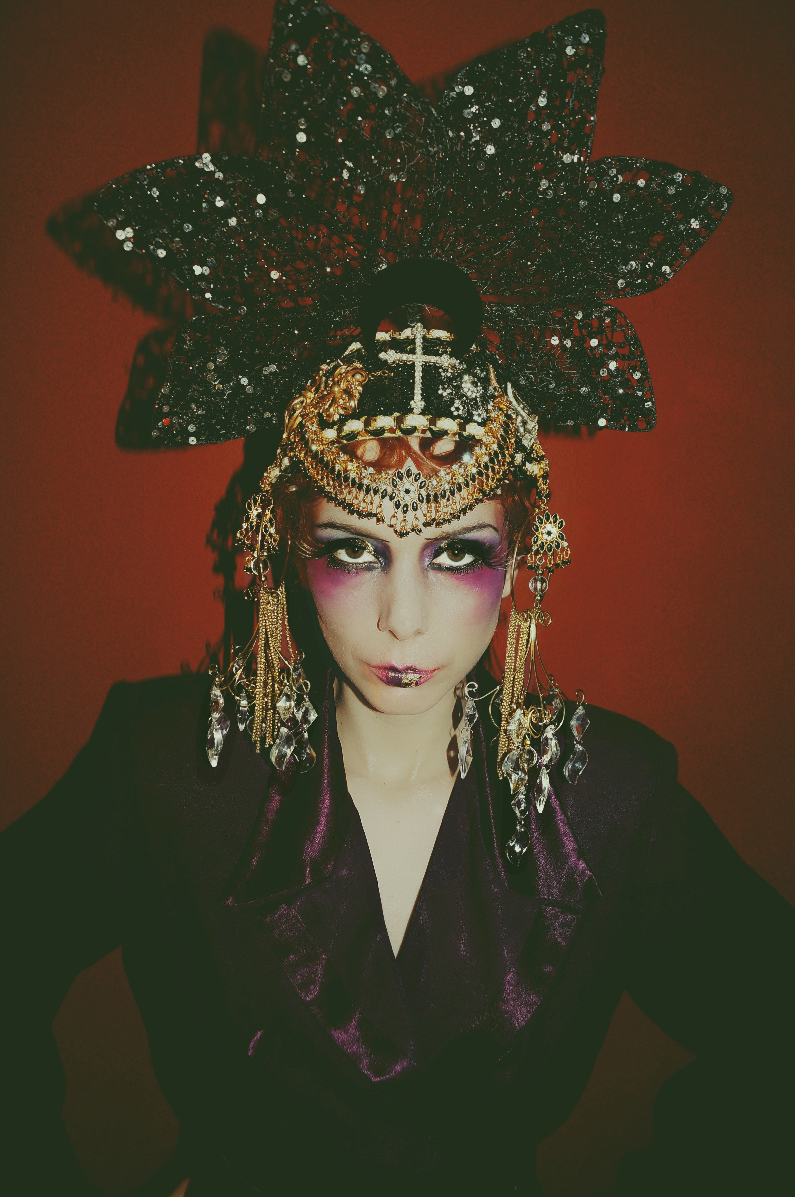 Gothic Jewel Couture Black and Gold Headpiece