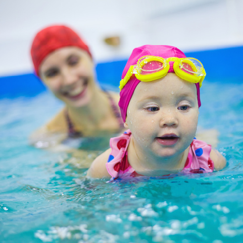 What's the perfect age to start swimming lessons?