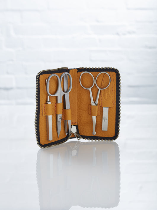 Lissom + Muster 5 Piece Manicure Kit with Deerskin Case (Tan)