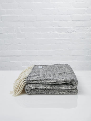 Mourne Textiles Tweed Emphasize Throw (Monochrome I)