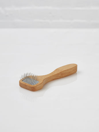 Velcro Cleaning Brush (Oiled Beechwood)