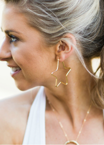 Betsy Pittard - Tatum Earrings - Black
