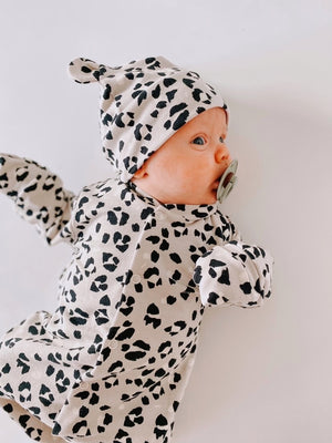 "Eddie & Bee organic cotton Baby hat with ears  in Grey "" Snow Leopard spot"" print."