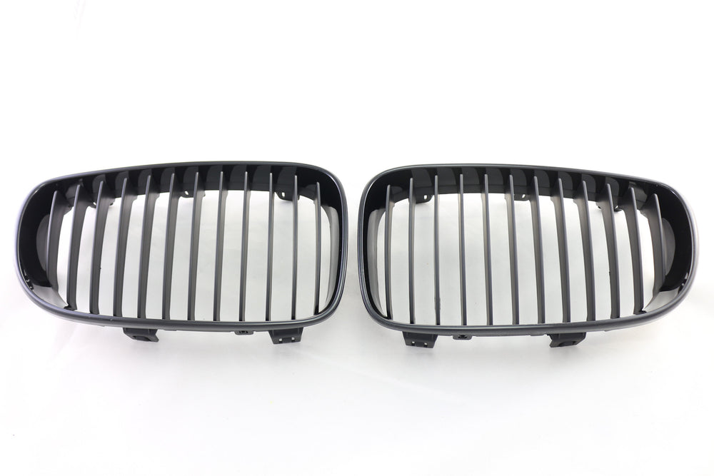 BMW E82 1 - Series Gloss Black Grilles