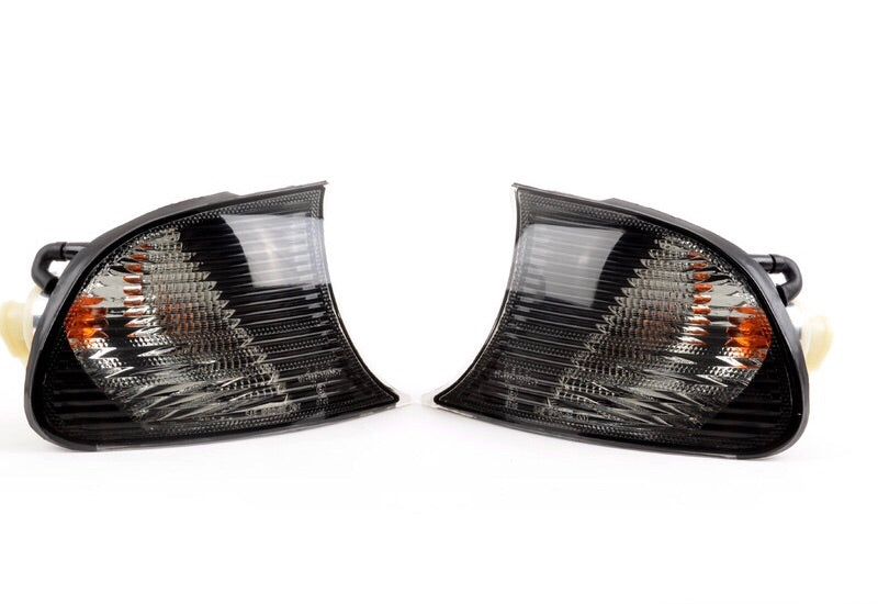 BMW E46 Coupe Smoked Front Corner Indicators