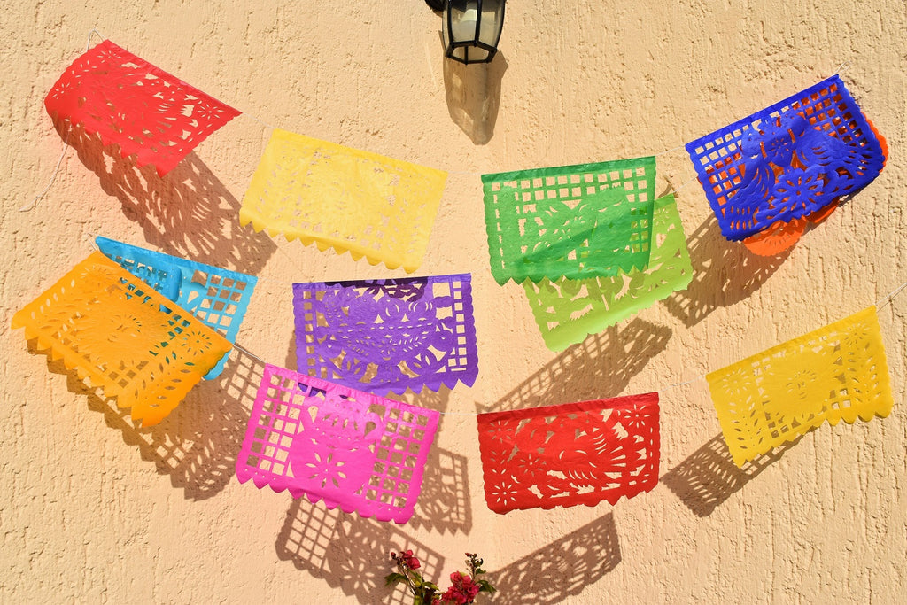 Mexican Bunting | 1 x 4.5 metre / 15 foot Colourful Mexican Paper Banner with 10 Medium Flags