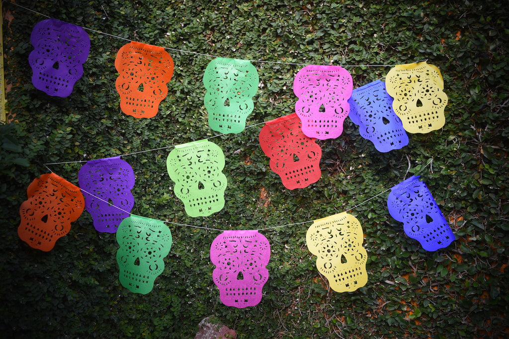 Sugar Skull Bunting Banner Halloween Party Bunting | 5m 16ft Banner with 14 Medium Flags
