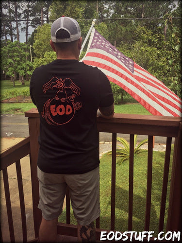 Buzzard, Bomb, and Pick Marine Corps EOD T-Shirt