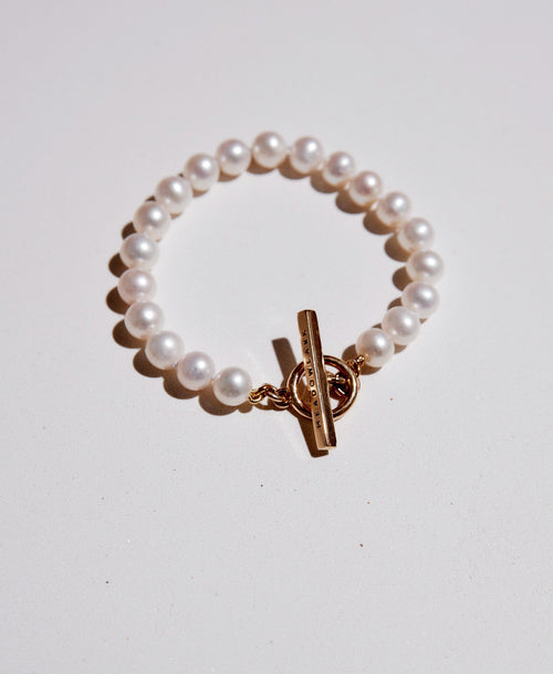 Fob Pearl Bracelet | 9ct Yellow Gold