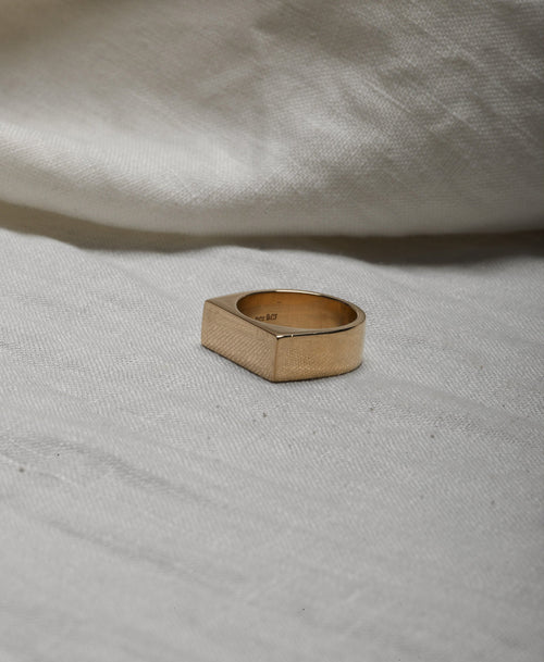 Wilshire Signet Ring | Sterling Silver