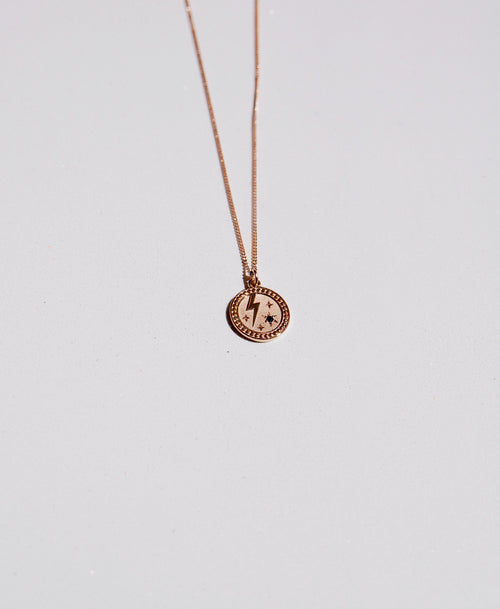 Amulet Strength Necklace | Gold Plated