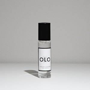 Violet / Leather Parfum by OLO