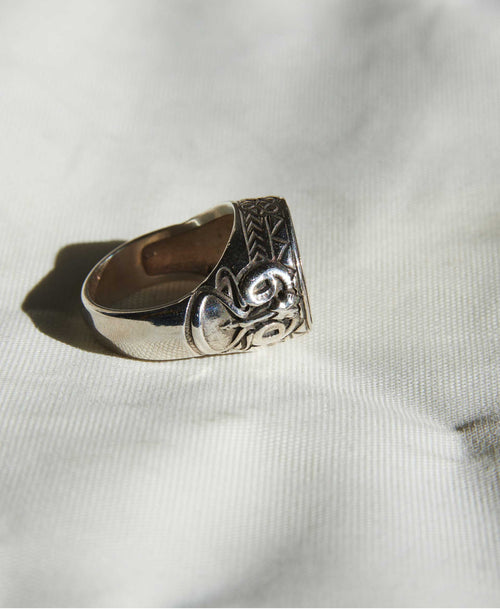 Ram Ring Oxidized | Sterling Silver