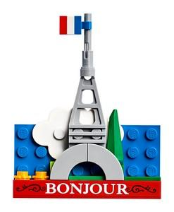 854011 Eiffel Tower Magnet Build - LEGO® Bricks World