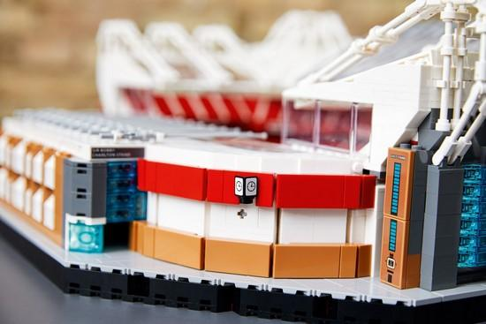 10272 Old Trafford - Manchester United - LEGO® Bricks World