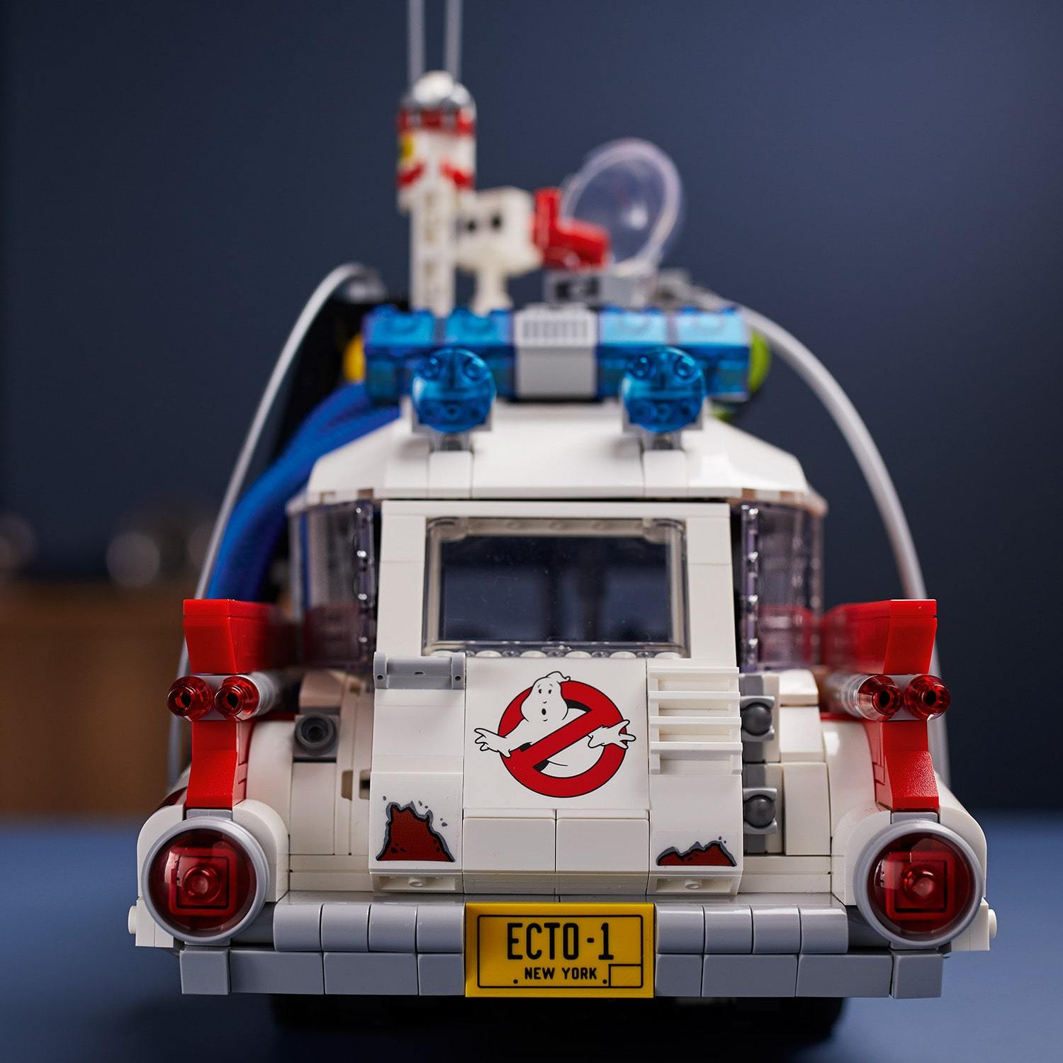 LEGO® Creator Expert - 10274 Ghostbusters™ ECTO-1