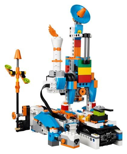 17101 LEGO BOOST Creative Toolbox - LEGO® Bricks World