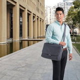 Kensington®LM340 Laptop Messenger Bag