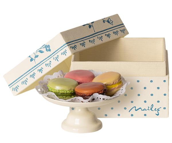 Maileg // Maileg - Macarons Et Chocolat Chaud - All The Little Bows
