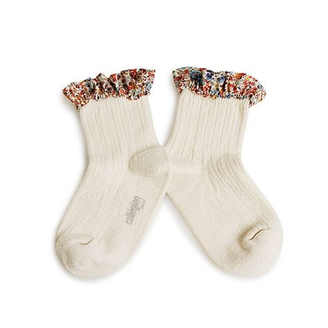 Collégien // Collegien Liberty Ruffle Trim Ankle Socks in Doux Agneaux - All The Little Bows