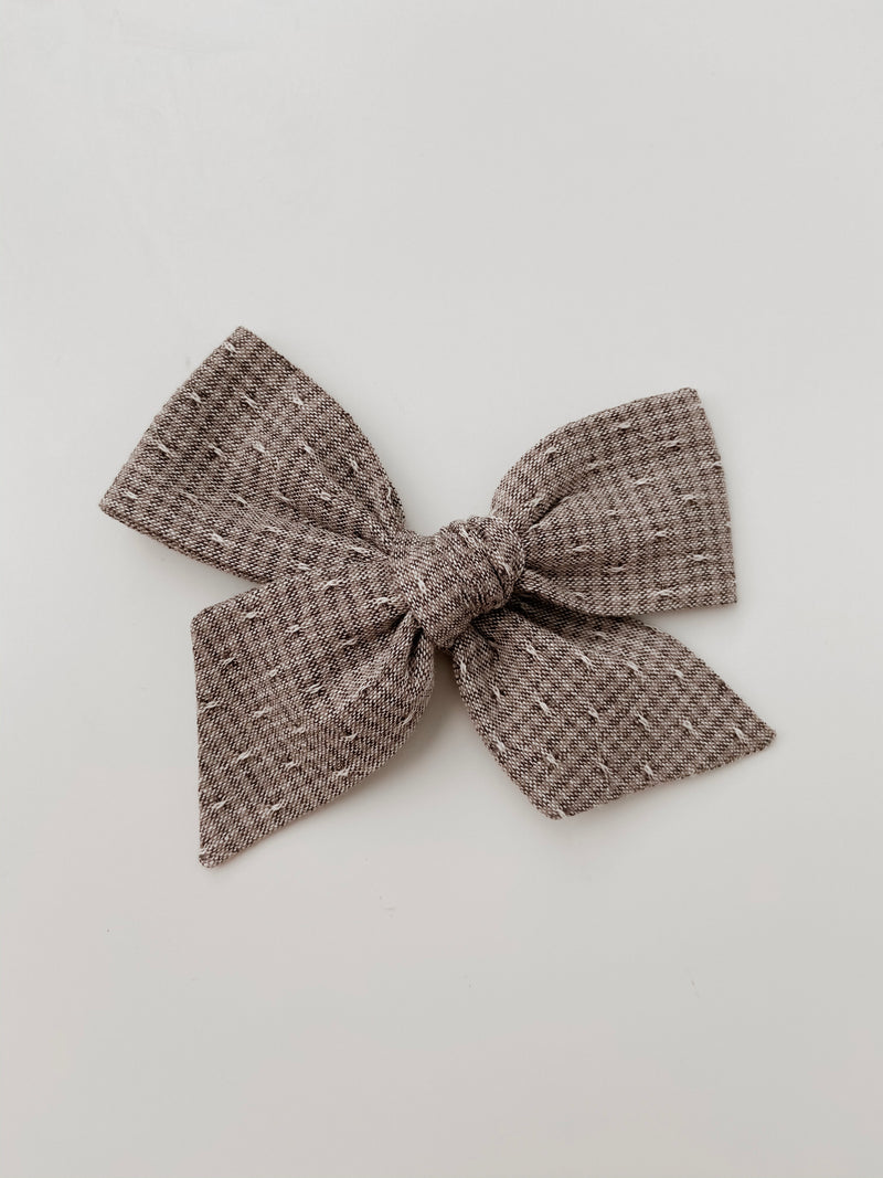 All The Little Bows // Pinwheel Bow | Storme - All The Little Bows