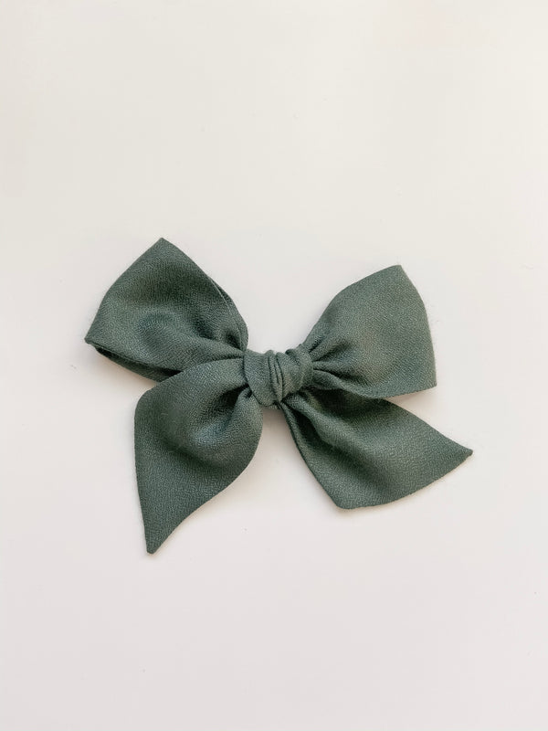 All The Little Bows // Pinwheel Bow | Pine - All The Little Bows
