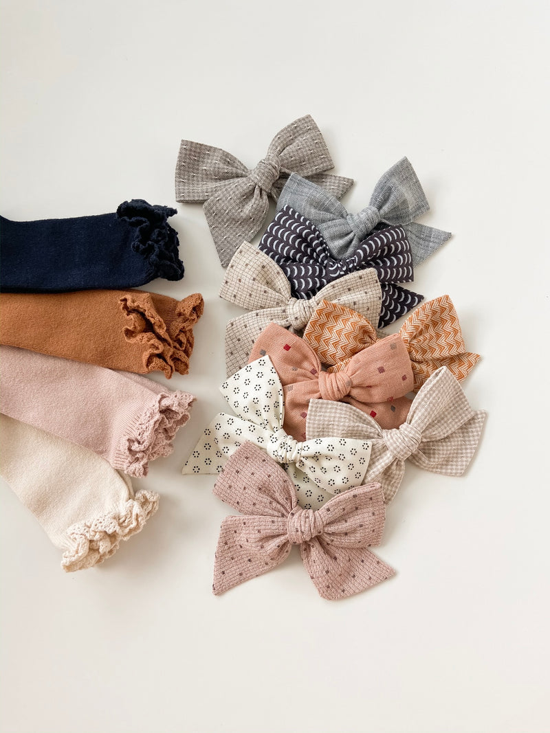 Condor // Lace Ruffle Knee Socks // Cinnamon - All The Little Bows